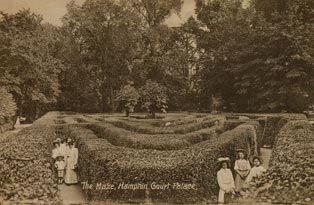 19thc Maze_Crown copyright_Historic Royal Palaces04