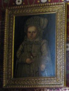 Retrato de um bebê desconhecido em Sudeley Castle, possivelmente Mary. Fotografia tirada por: Facebook.com/queencatherineparr