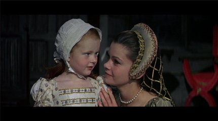 Anne-and-Elizabeth-anne-boleyn-8687407-1600-896