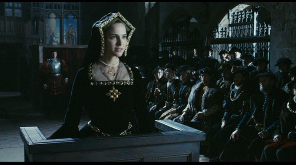Anne-s-Black-Trial-Gown-natalie-portman-21593484-1600-896