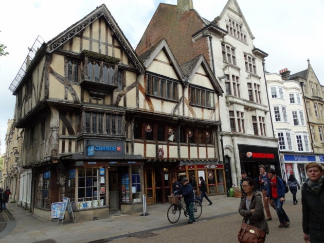 26–28-Cornmarket-Oxford (1)