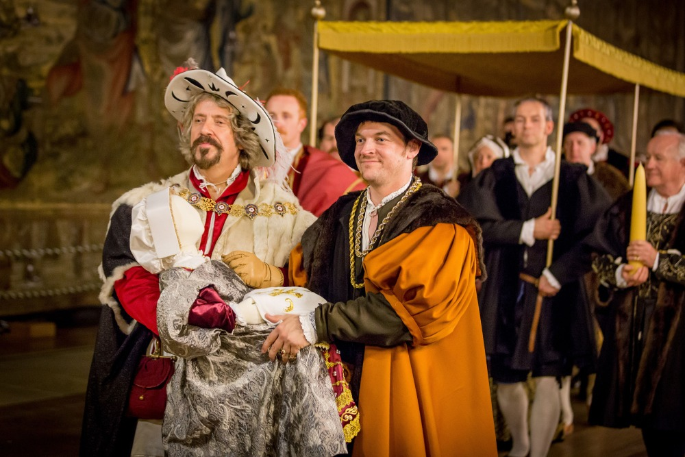 Programme Name: Britain's Tudor Treasure: A Night at Hampton Court - TX: 10/01/2015 - Episode: n/a (No. n/a) - Picture Shows: A recreation of the Christening of Prince Edward, son of Henry VIII and Jane Seymour at Hampton Court Palace. - (C) BBC - Photographer: Guy Levy