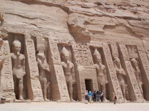 Nefertari_Temple_Abu_Simbel_May_30_2007
