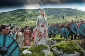 lagertha-katheryn-winnick-from-vikings-season-4 imagem 2
