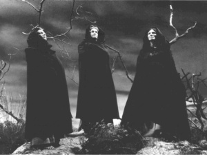 macbeth-witches-1-638