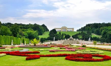 bigstock-Gardens-at-Schonbrunn-Palace-V-41589991